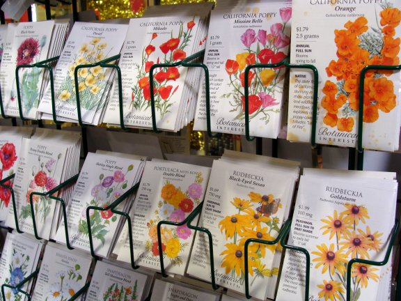 SeedPacks_Flowers_Rack2-17sw.jpg