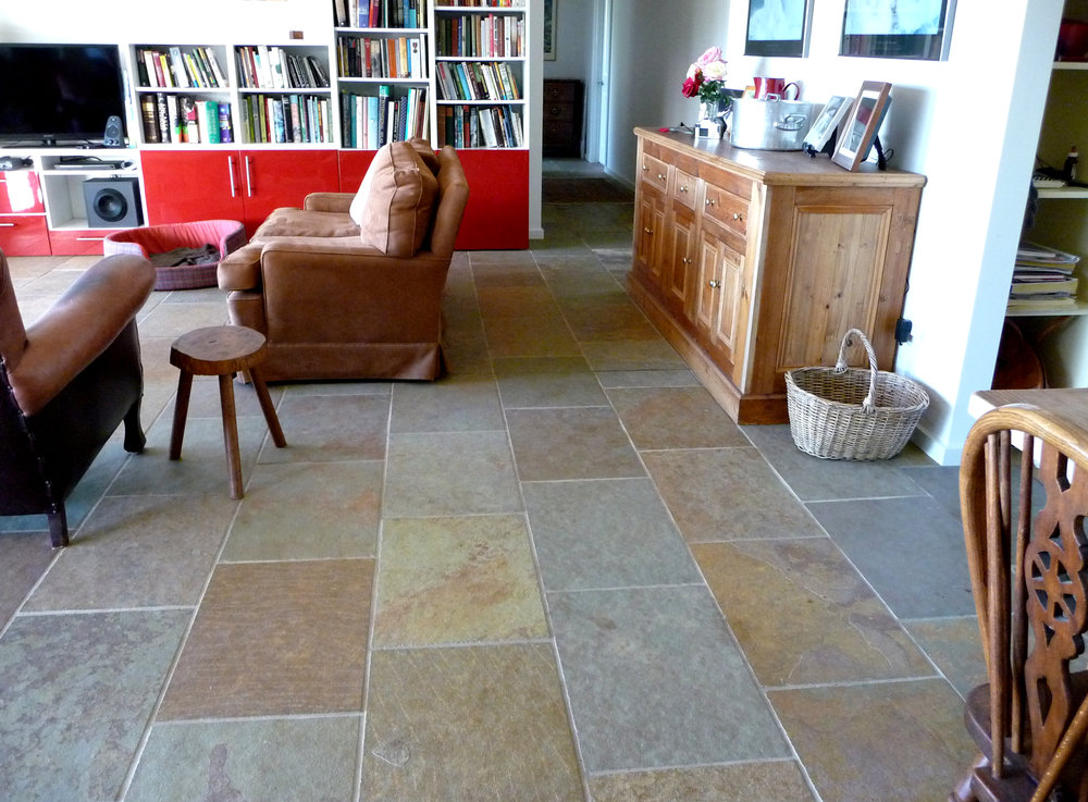 Kota Honey Limestone in Living Room