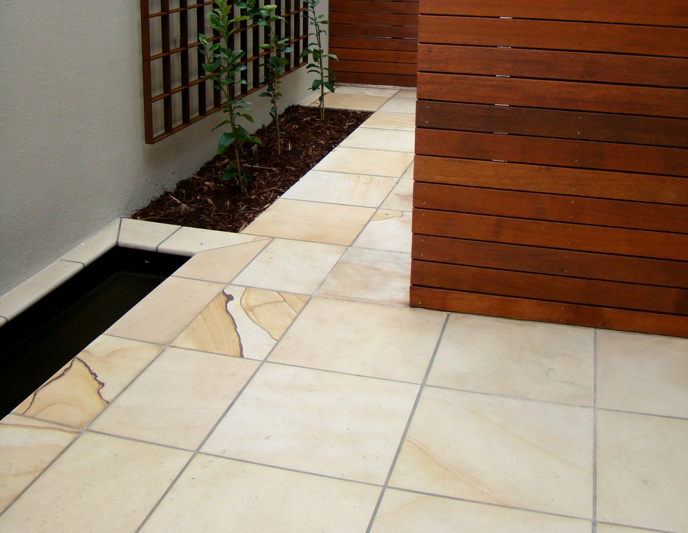 Honed Sahara Sandstone Paving