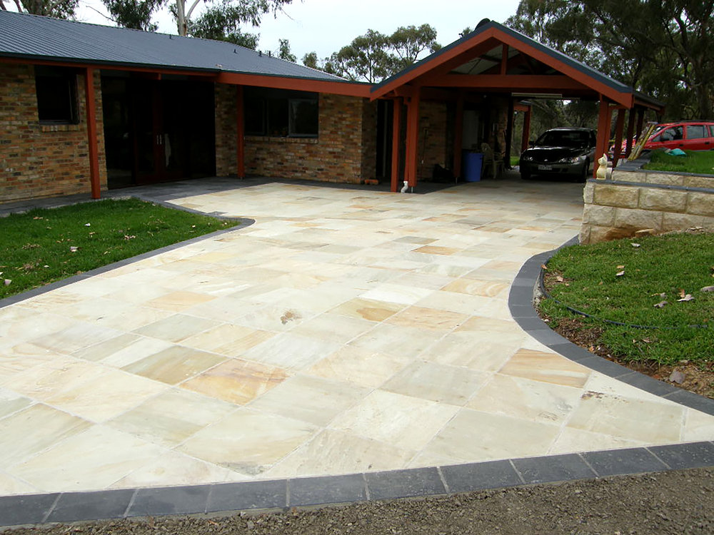 Natural Finish Sandstone in Sahara Colour