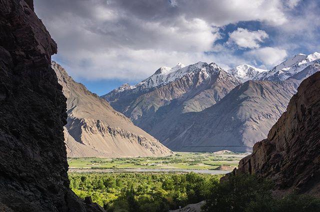 One of many compelling vistas on the Afghan/Tajik border.