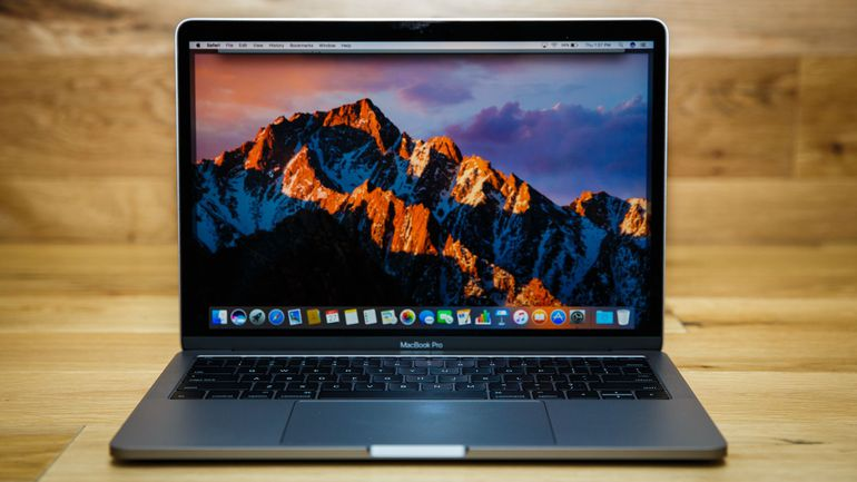 apple-macbook-pro-13-inch-2016-1765-026.jpg