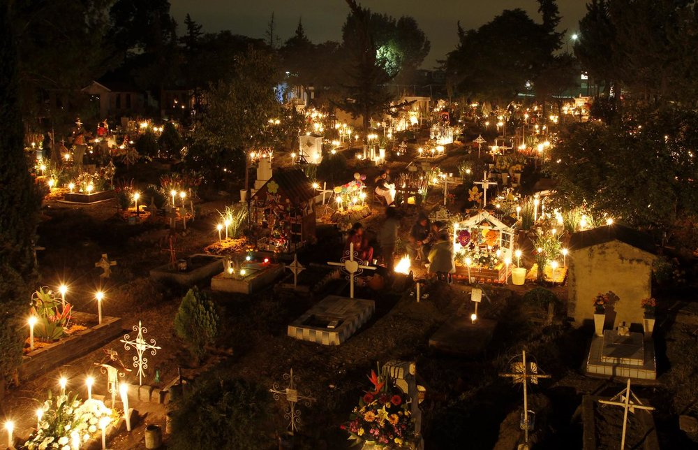 san-gregorio-cemetery-on-the-outskirts-of-mexico-city-november-1-dia-de-los-muertos-photographed-by-by-marco-ugarte-ap.jpg