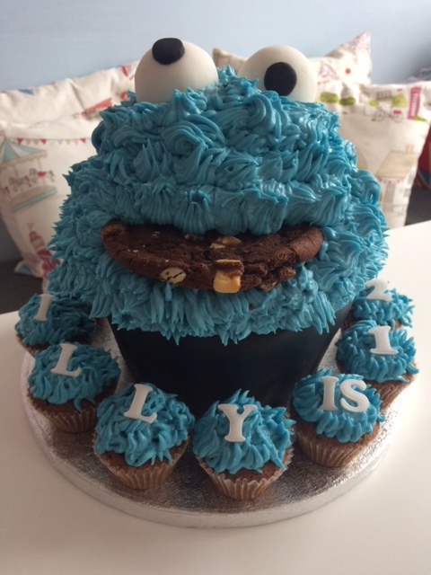 Cookie Monster Giant Cupcake.JPG