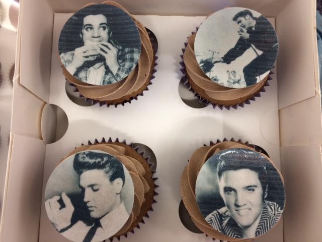 Elvis 1 Cupcakes.jpg
