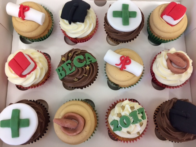 Pharmacy Grad Cupcakes.jpg