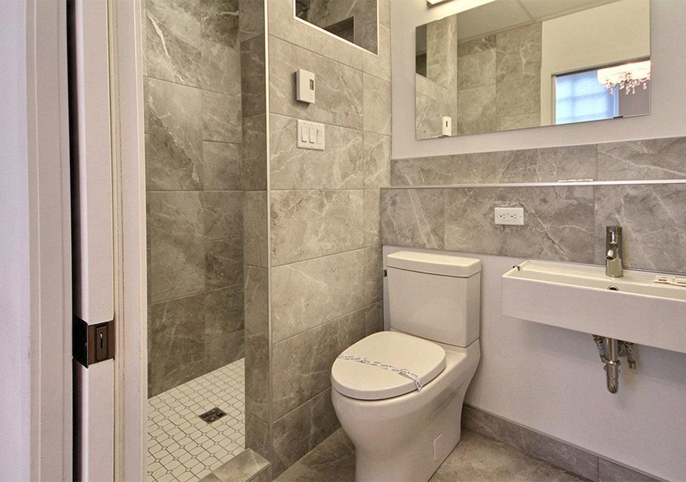 Pixel grande Loft facade avec vue.jpg4 salle de bain.jpg