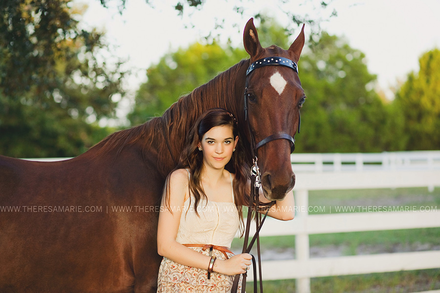 High-school-senior-horse-photo-005.jpg