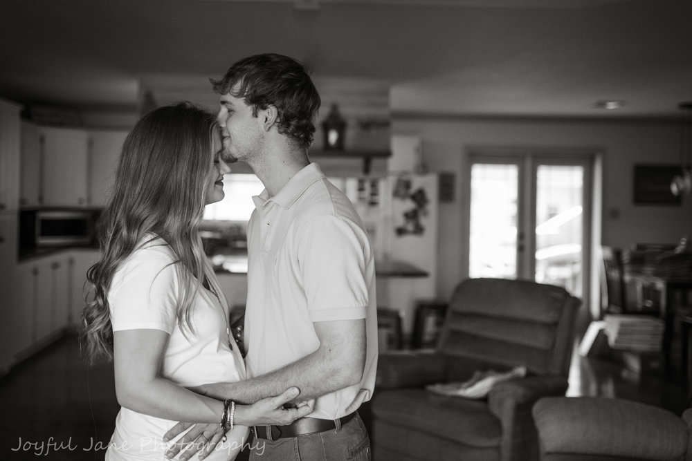 in-home maternity photography