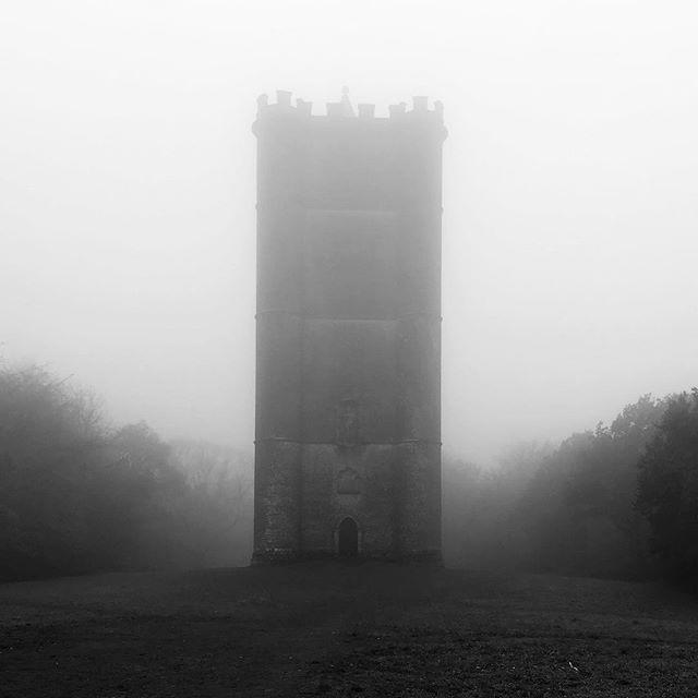 Tower. • • • #monochromephotography #monochrome #lifeinblackandwhite #themonochromerambler #mistyday #stourhead #kingalfredstower #blackandwhitephotographer #blackandwhitephotography #folly