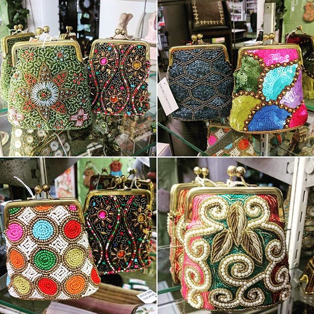 We love these exquisite, beaded coin bags by @davidjefferydesigns. We have mobile bags on display as well in a dazzling array of colors. Stop on by!