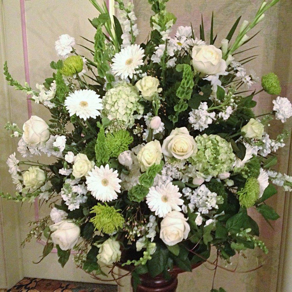 Funeral & Memorial - Casket Sprays, Urn Arrangements, End Pieces, Church Decoration, Easel Pieces...