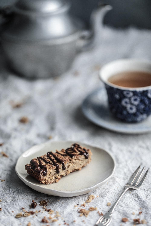 Anzac biscuit muesli bars and tea