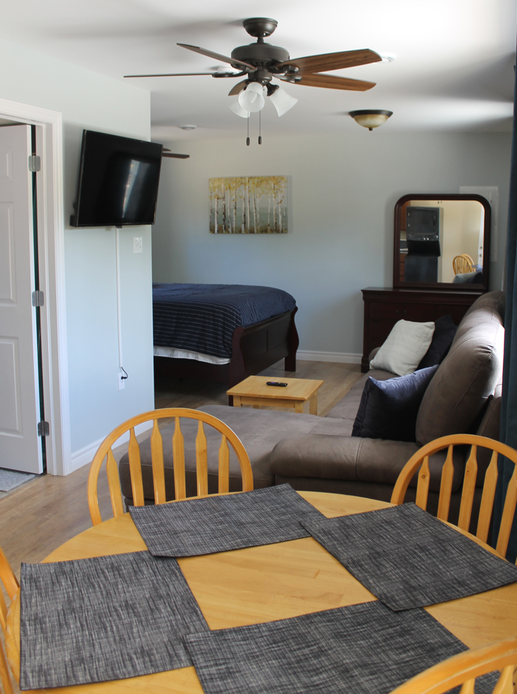 Both Cottages have flat screen TV & free wifi.