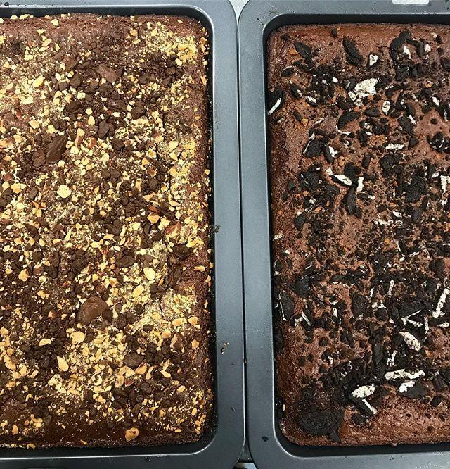 Nothing like a midweek bake 🤤 🤤 • • • • #baix #baixbrownies #brownies #brisbane #goldcoast #dessert #briscafes #gccafes #brisbanewedding #briswed #oreo #saltedcaramel #sunnybank #mtgravatt #mansfield