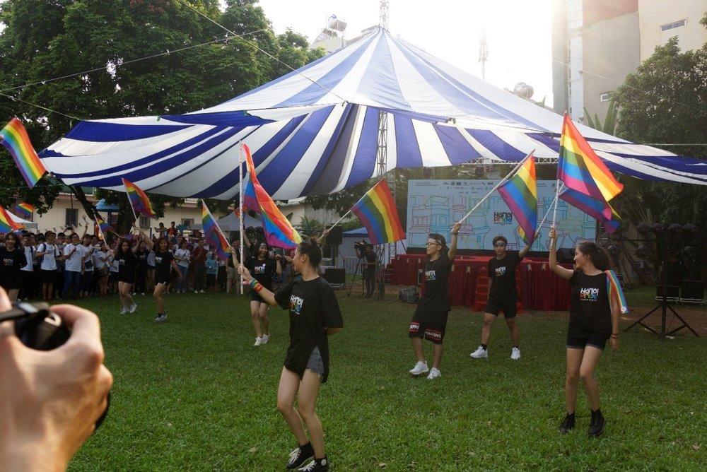 Các tiết mục văn nghệ của cộng đồng LGBT Hà Nội