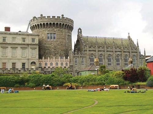 Kiến trúc lâu đài thường thấy ở thủ đô Dublin