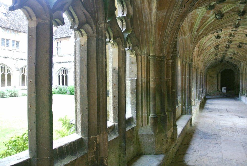 Lacock Abbey Cloisters | ebbony&lune
