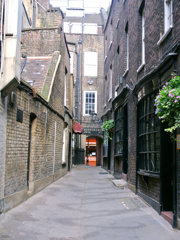 Bedfordbury Street | ebbony&lune