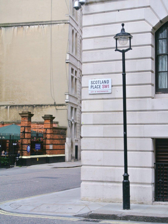 Great Scotland Yard | ebbony&lune