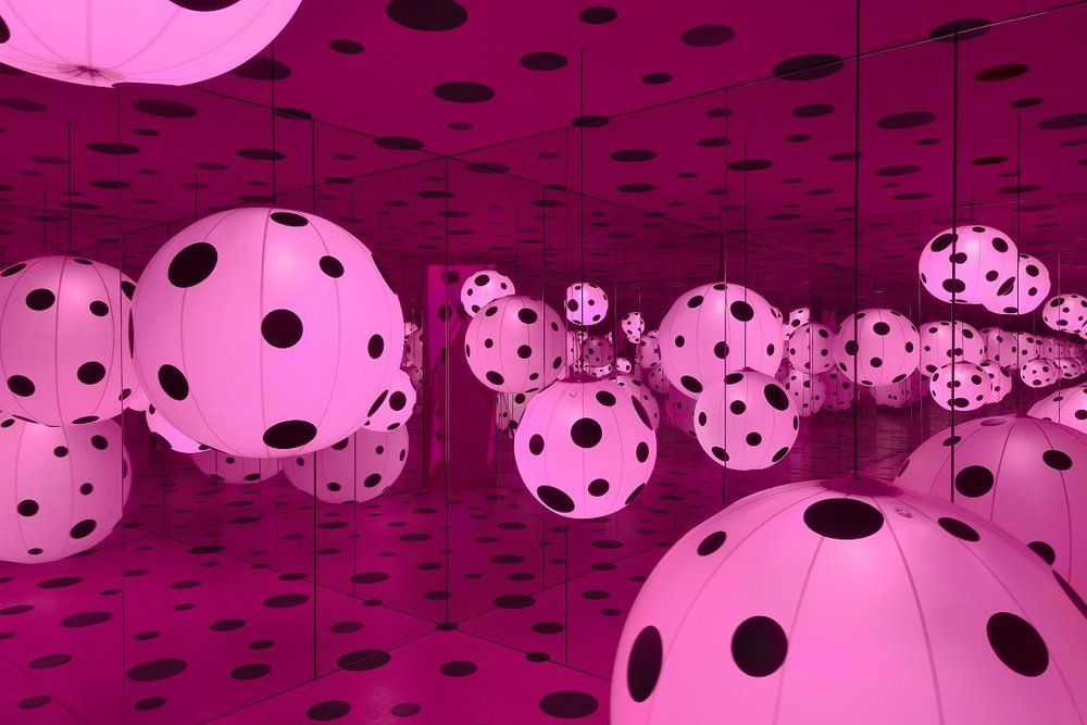 Dots Obsession - Love Transformed Into Dots - 2007 | Mixed media.