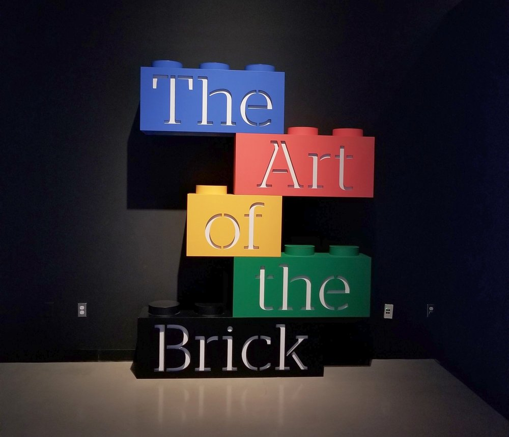dream it think it build it the art of the brick ebbony lune