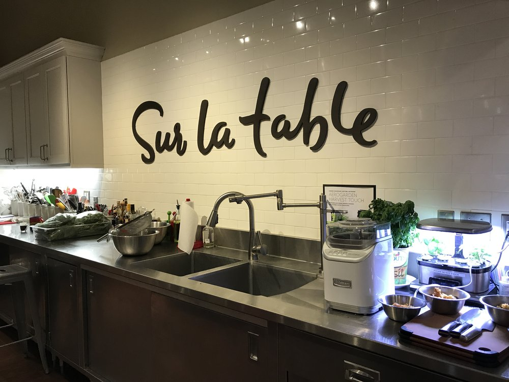 Did you know there is such a thing as active procrastination, and that it's actually a good thing? This week, I actively procrastinated by attending a cooking class!