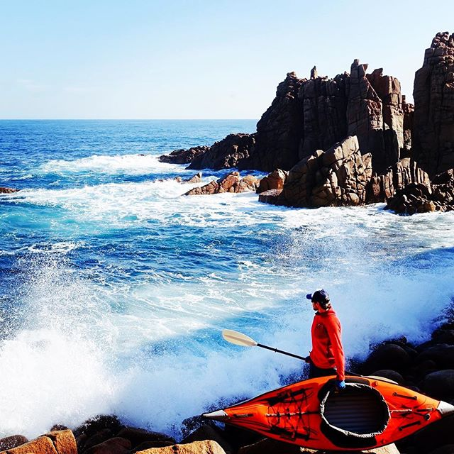 A bit of swell... To paddle or not to paddle?  #Kayaking #WorldRecord #Unstoppabull  #kayaklife #kayaker #kayakadventures #kayakgram #kayaklovers #Mountaineering #Adventure #LifeGoals #Everest #Mountains #Volcanos #7summits #Climb #Hike #Trek #Paddle #Explore #travelwithme #aventura #montaña #Berge #Abenteuer #unstoppable #photooftheday