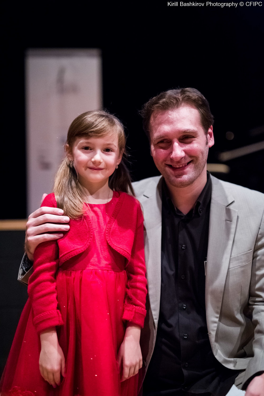 Philippe Raskin (Artistic Director) with our youngest participant ever - 6 years old Arianna Castellani (Italy)!