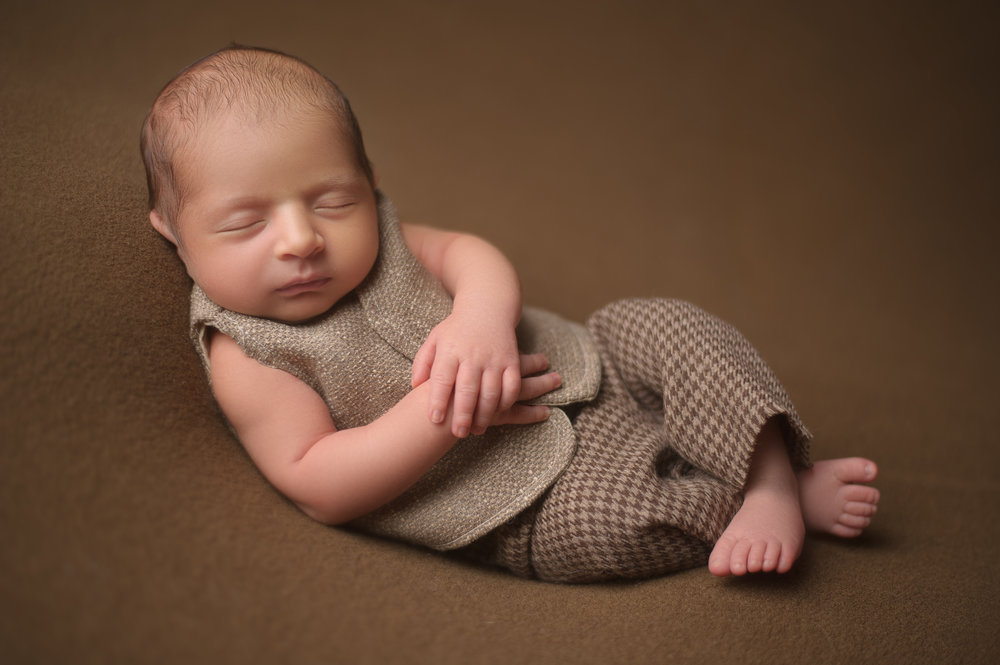 newborn-photographer-chicago-6.jpg