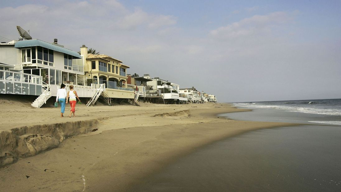 skynews-malibu-california-rocean.jpg