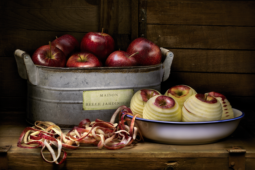 Still life of apples.