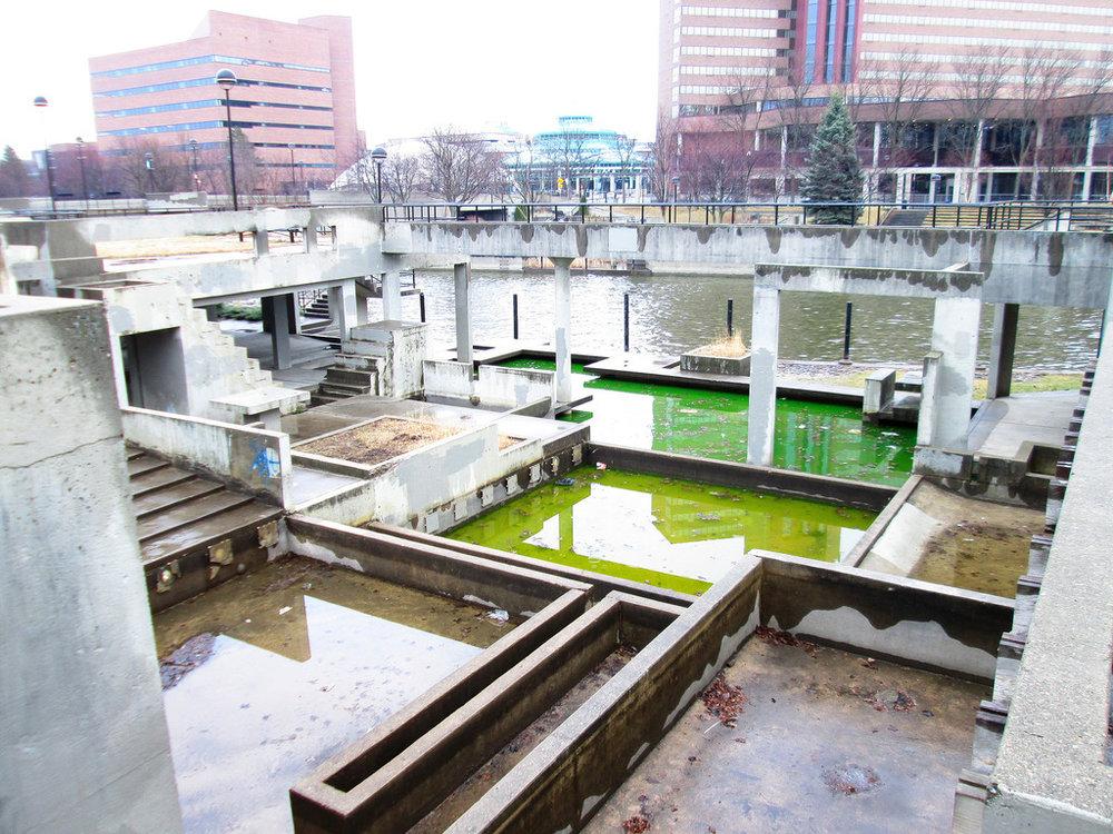 grand fountain 3.jpg