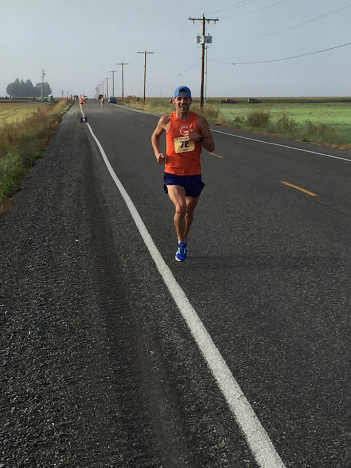 Pete Hanson racing at the Skagit Flats Marathon