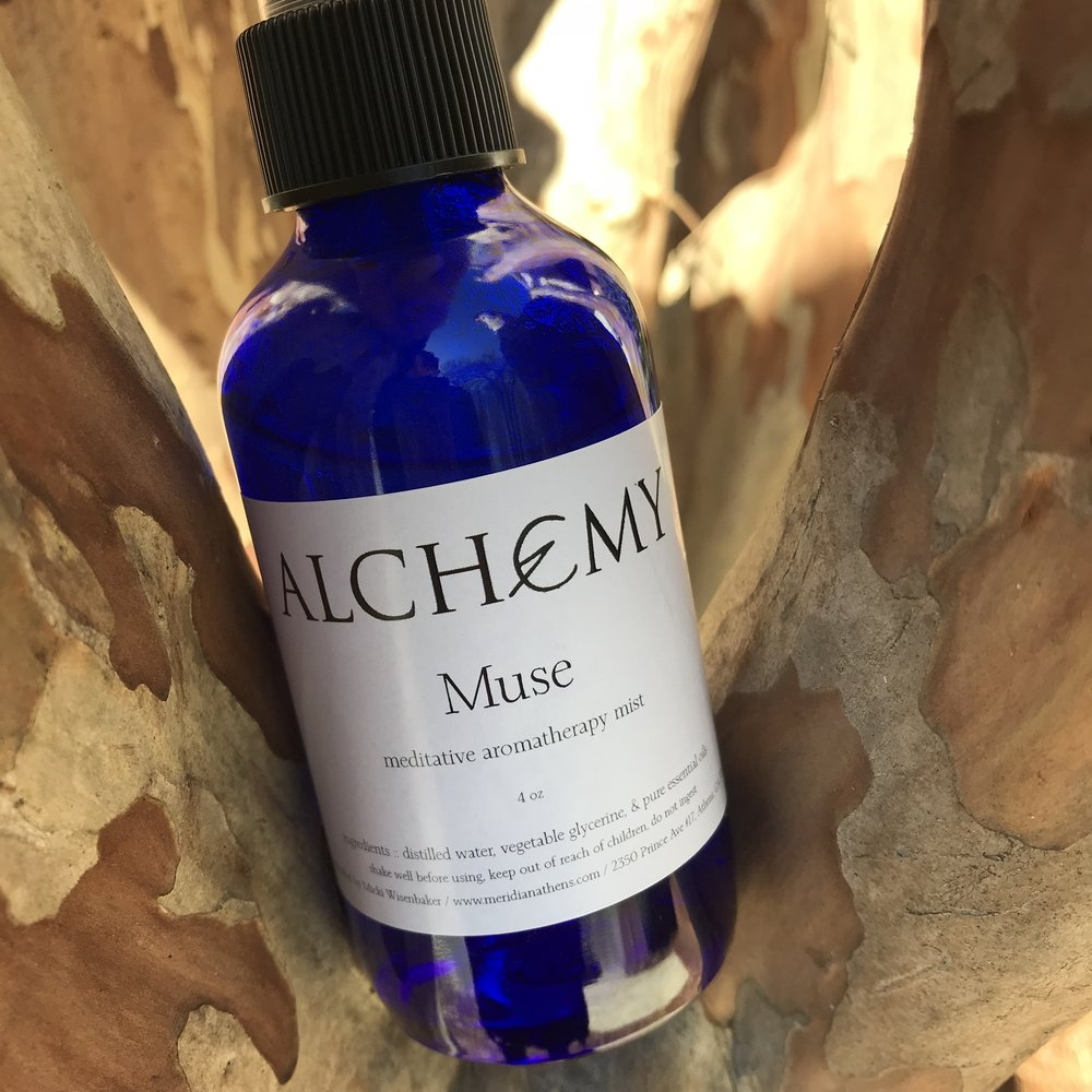 Muse - Muse Aromatherapy Mist will invite your inner muse out to play! This spray is handcrafted with a specialized blend of pure essential oils including ancient favorites of Myrrh and Frankincense. Perfect for those times, such as yoga, meditation, and ceremony, when you need to calm your mind and deeply focus within.