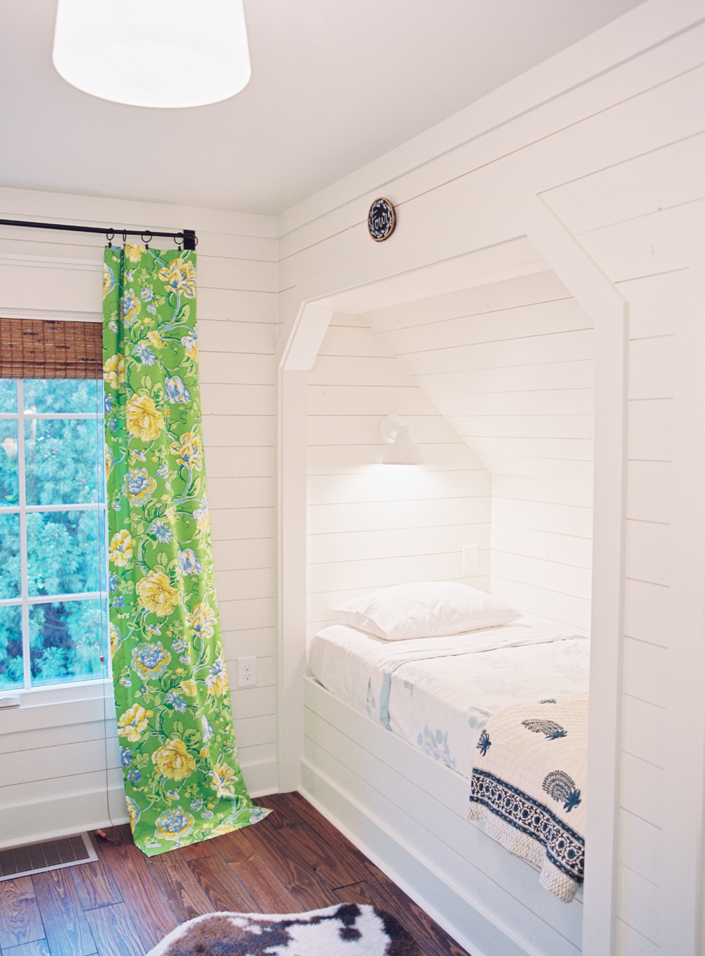 The-Dutch-Door-Home-bunk-room_small.jpg