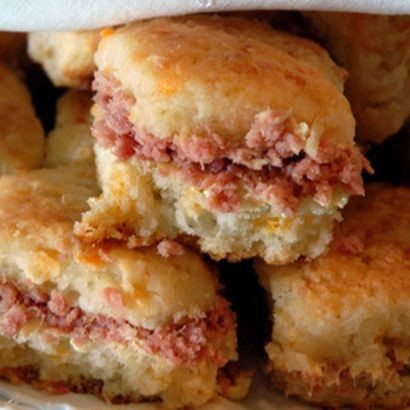 cocktail-ham-biscuits.d386efb22a8247fb3cf7ce003f67be46.jpg