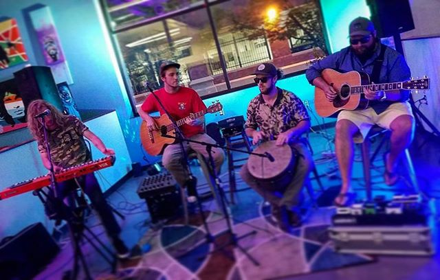 Acoustisnacks #acoustic #slime #funk #or #whatever #monkeyfist #brewery #statestreetmarketplace