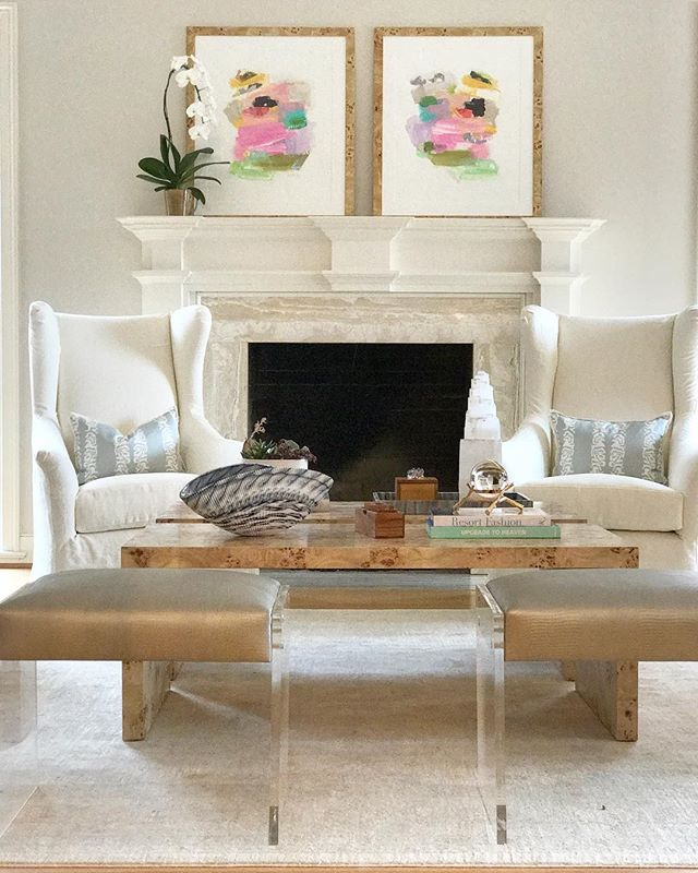 Did you catch the stories from today of our install for this beautiful formal living room?  Let's just say @ragsdale6 and I have some pretty freaking happy clients. 👊🏻 . . . . .  #smpliving #southernliving #southernlivingmag #bhg #betterhomesandgardens #smmakelifebeautiful #mybhg #dallasdesign #inspire_me_home_decor #verandamag #verandamagazine #myhousebeautiful  #dallasobserver #dmagazine #dallasdesigndistrict #sodomino #showemyourstyled #mytradhome #interiordesigndallas #interiordesignbusiness #northdallas #dallasbusiness #dallaswomenentrepreneurs #dallasinteriors #dallasinteriordesigners #livingroomdesign #wisteriastyle #edlivingrooms