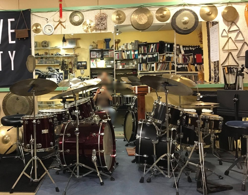 Mapex Saturn drumset (left), Yamaha 1982 Tour model drumset (right). All cymbals courtesy of Zildjian.