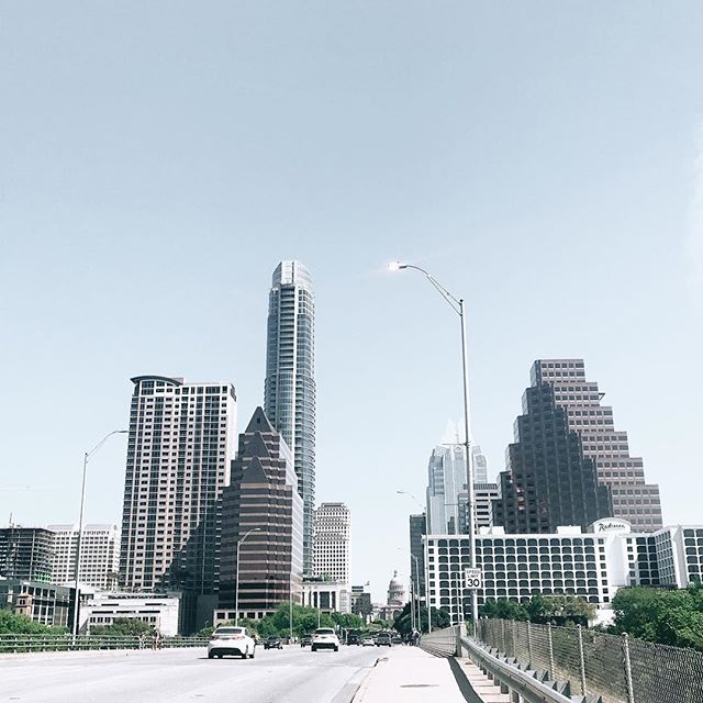 A change of perspective was the greatest gift I ever gave my soul. . When I landed in Austin this time around, it was the first time the person I felt like on the inside felt as if she was in one piece. These last 6 days have been the first time I have shown up wholeheartedly present in this town. . When I lived in the town of tacos, my heart was battling with an internal would that only introspection and time with loved ones could heal. And now, my heart needed this return, this additional change of perspective, to know I always belong wherever I am as long as I am guided by the voice inside. As long as I don't fight with her. . When things are not clear, choose yourself. When you are craving guidance, listen inward. When you feel the fear, trust you are peeling back a layer that needs to be shed. And when you need to remind yourself that you're DOING the work, look back to remind yourself of your growth. . Austin, thank you for every conversation, for the deep belly laughs, for my yoga practice with my favorite teacher, for the tacos, for the weirdness, for the universal signs that all is meant. . We will meet again. Hopefully, next time to share my second home with my boï.