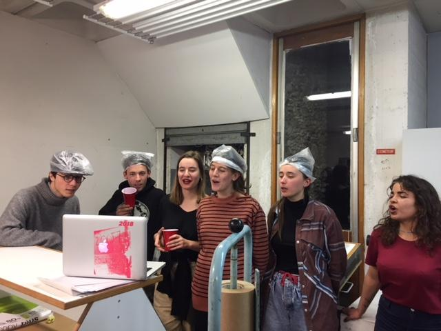 Villa Arson students singing and celebrating in the studio!