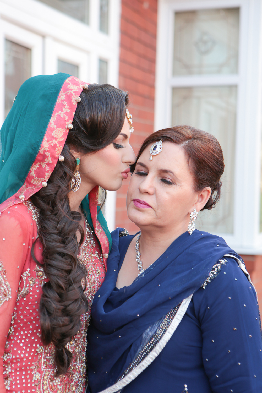 Asian Wedding Photography Edinburgh Glasgow Manchester Opu Sultan Photography Photographer sabbas Mehendi Hindu Indian Sikh Pakistani Bangali Wedding blog-24.jpg