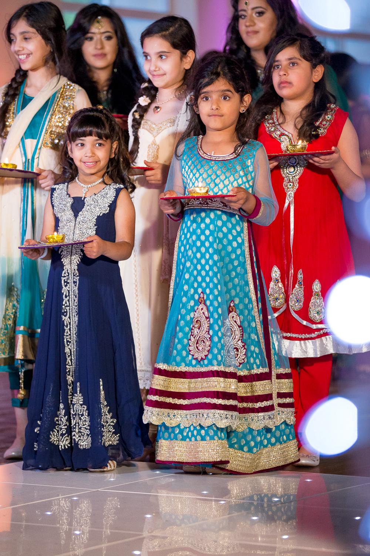 Wonderful Hindu Wedding Dress Contemporary - Wedding Ideas ...