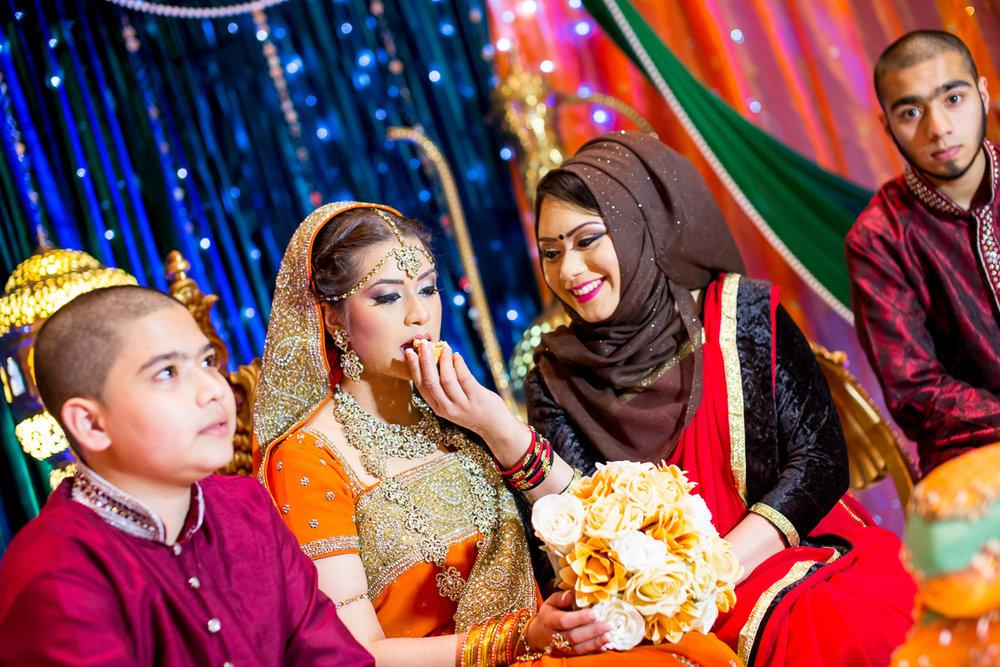 Akifa's Mehndi Queen Elizabeth Hall Opu Sultan Photography Asian Wedding Photography Manchester Edinburgh-87.jpg
