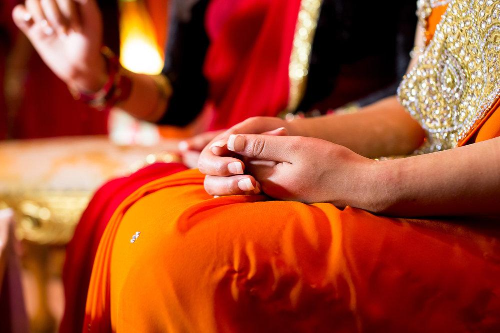 Akifa's Mehndi Queen Elizabeth Hall Opu Sultan Photography Asian Wedding Photography Manchester Edinburgh-142.jpg