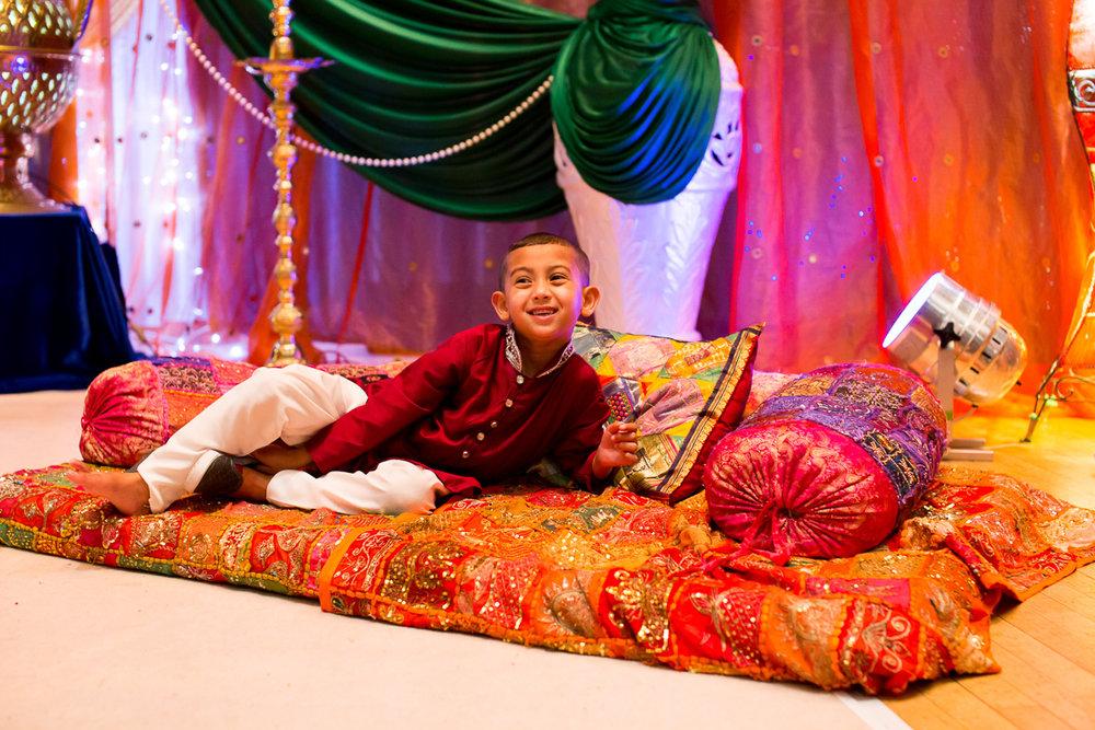 Akifa's Mehndi Queen Elizabeth Hall Opu Sultan Photography Asian Wedding Photography Manchester Edinburgh-143.jpg