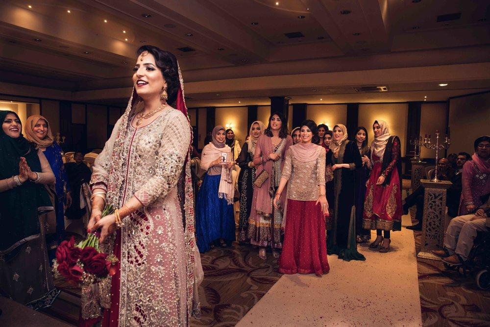 Asian Wedding Photographer Opu Sultan Photography Scotland Edinburgh Glasgow London Manchester Liverpool Birmingham Wedding Photos prewed shoot Mudassar & Zainab Wedding Blog-6.jpg