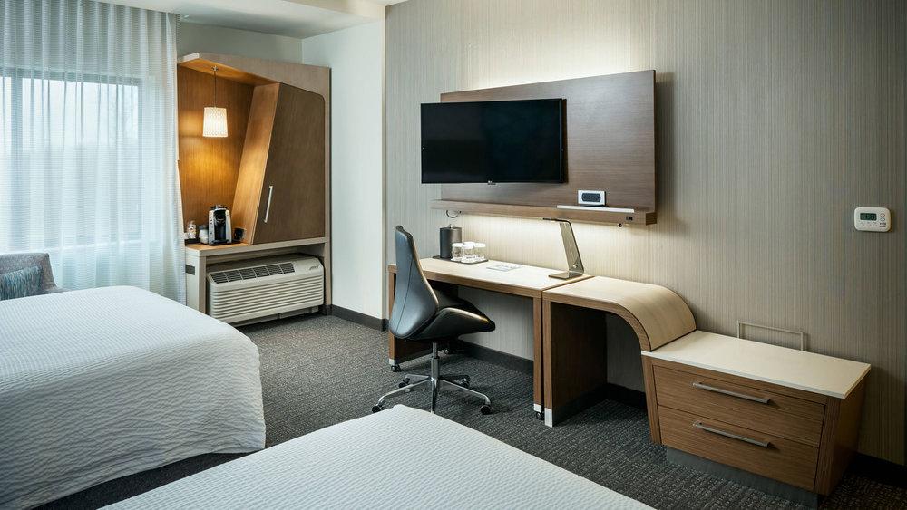 eugco-guestroom-0005-hor-wide.jpg