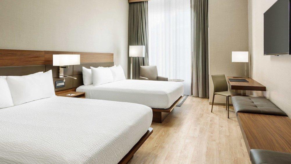 sfoya-guestroom-0010-hor-wide.jpg